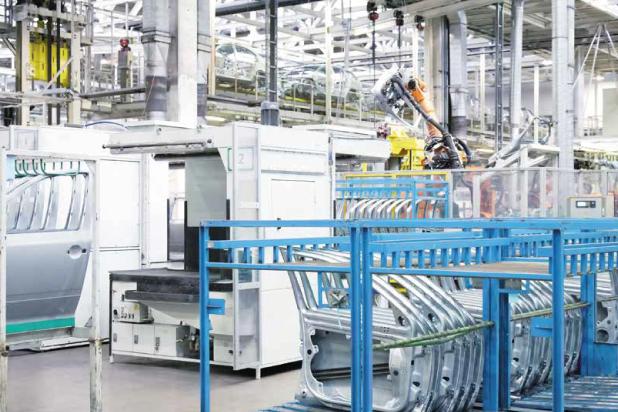 Inteligenta rozdzielnica energetyczna w zakładzie przemysłowym
