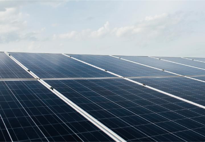 WAGOexpress – Monitoring punktu przyłączenia farmy fotowoltaicznej do sieci energetycznej